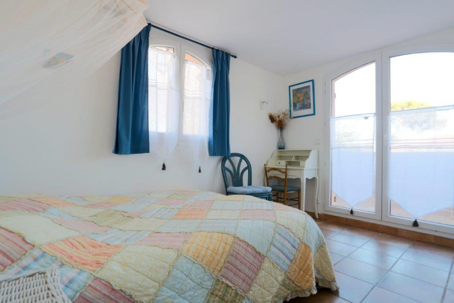 b b le clos des vignes chambres d h tes provence alpes cote d 39 azur var saint raphael. Black Bedroom Furniture Sets. Home Design Ideas