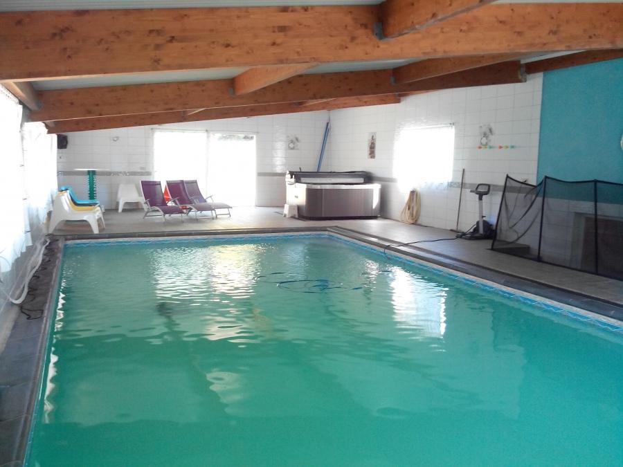G te lauberoye champagne ardenne ardennes saint for Gite de groupe avec piscine couverte