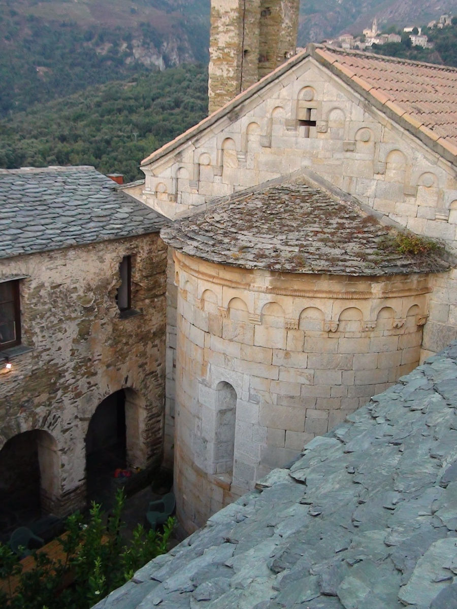 Domaine du couvent saint joseph corse haute corse - Salon de jardin hesperide santo pietro ...