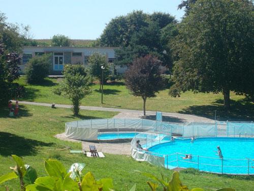Centre vacances flk 160 personnes gite de groupe - Gite piscine morbihan ...